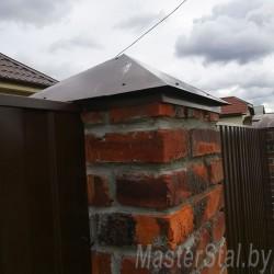 П планка на заборе из металлопрофиля